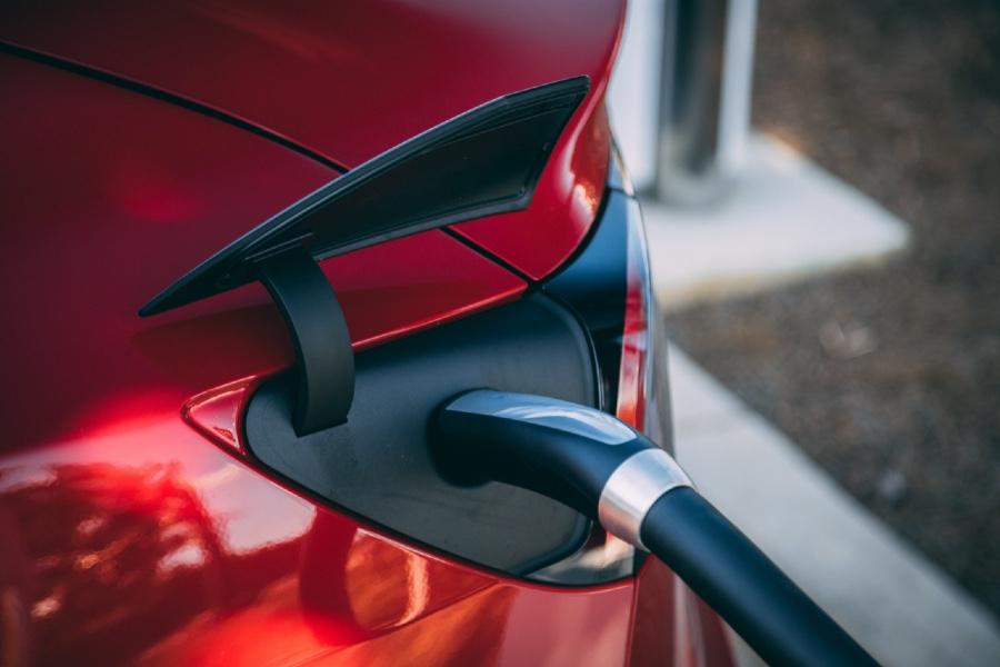Ladestecker für E-Autos sind Kunststoffgehäuse, die bei uns gekauft werden können.