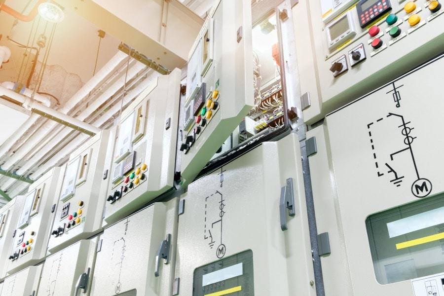 Metallgehäuse für den Schaltschrankbau von BOXEXPERT