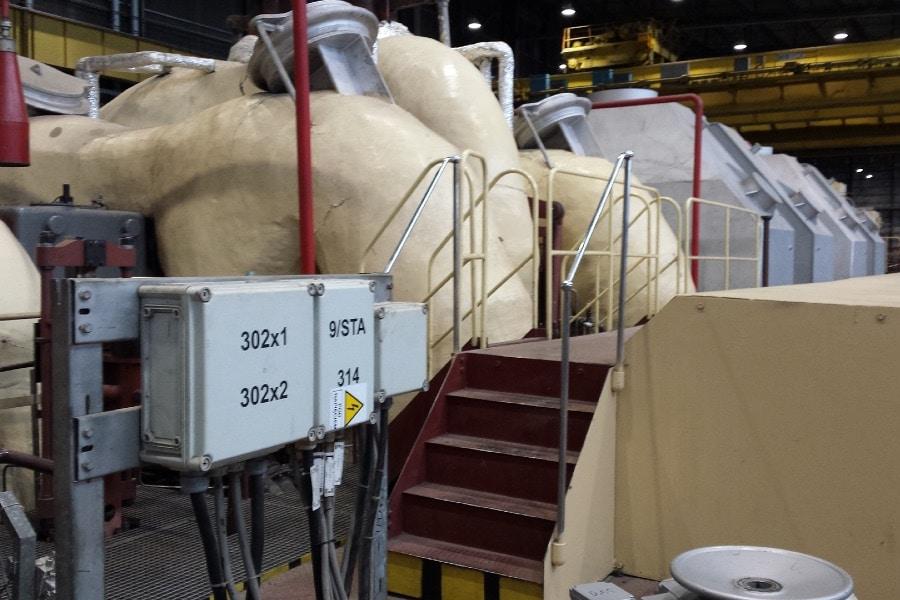 Gehäuse mit Druckknöpfen für den Maschinenbau mit hoher IK Schutzklasselasse