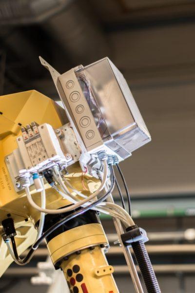 Gehäuse für den Steuerungs- und Maschinenbauer direkt auf Roboter